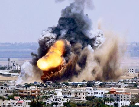 http://www.kritisches-netzwerk.de/sites/default/files/u17/Palaestina_Palestine_Palestinian_children_Israeli_Occupation_troops_Hebron_Gaza_strip_Gazastreifen_Westjordanland_West%C2%ADbank_Fatah_Hamas_Schin_Bet_Netanjahu_Avigdor_Lieberman.jpg