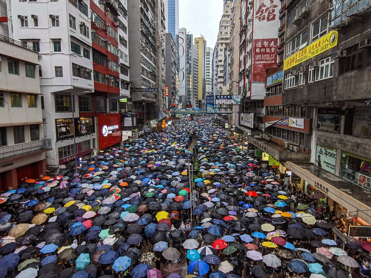 Hongkong-Regenschirmproteste-mass-protests-demonstrations-uprising-riots-rally-insurrection-Sonderverwaltungszone-Kritisches-Netzwerk-Hong-Kong-extradition-bill