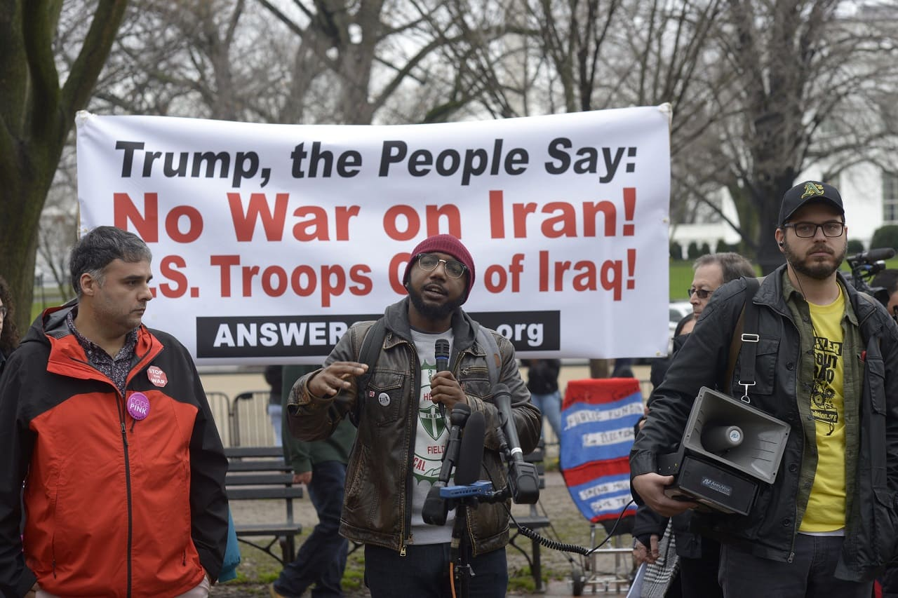 Iran-DC-Protests-Trump-International-Hotel-Pennsylvania-Avenue-Lafayette-Park-White-House-Aggressionspolitik-Massenproteste-Kritisches-Netzwerk-US-troops-Friedensbewegung