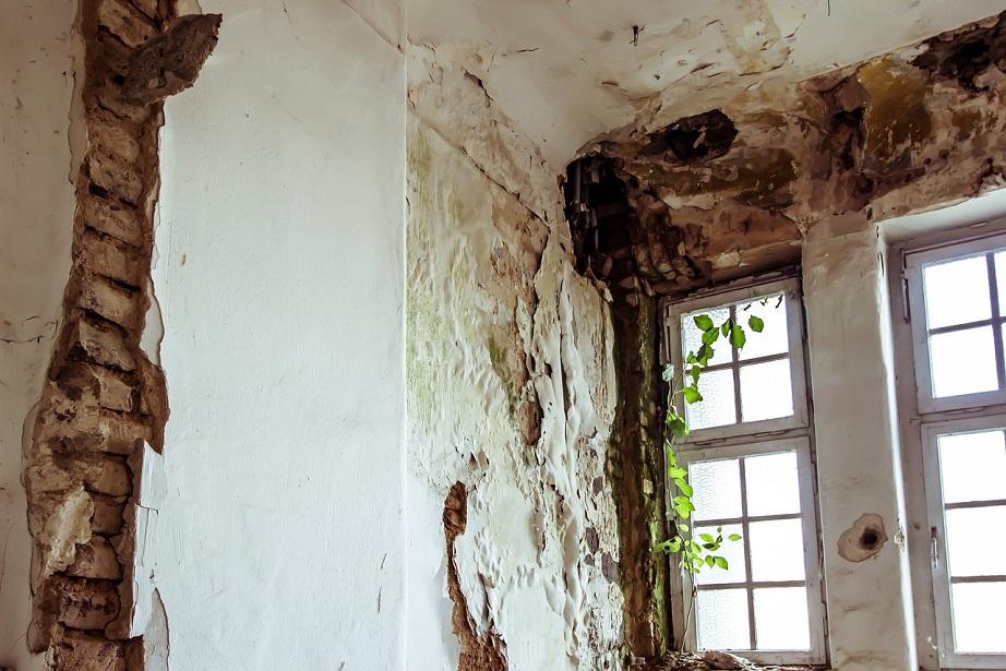 Feuchte Wände, kalte Wohnung, kein Auto: Wie sich Einkommensarmut im ...