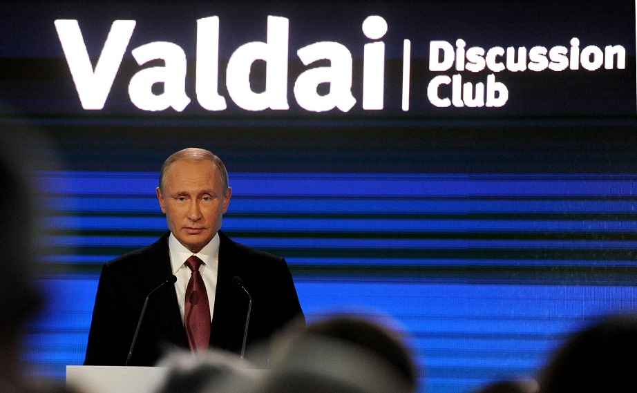 valdai_international_discussion_club_2016_1_sochi_vladimir_wladimir_putin_kritisches_netzwerk_waldai_club_shaping_the_world_of_tomorrow_kai_ehlers_notruf_kremlin_sotschi.jpg
