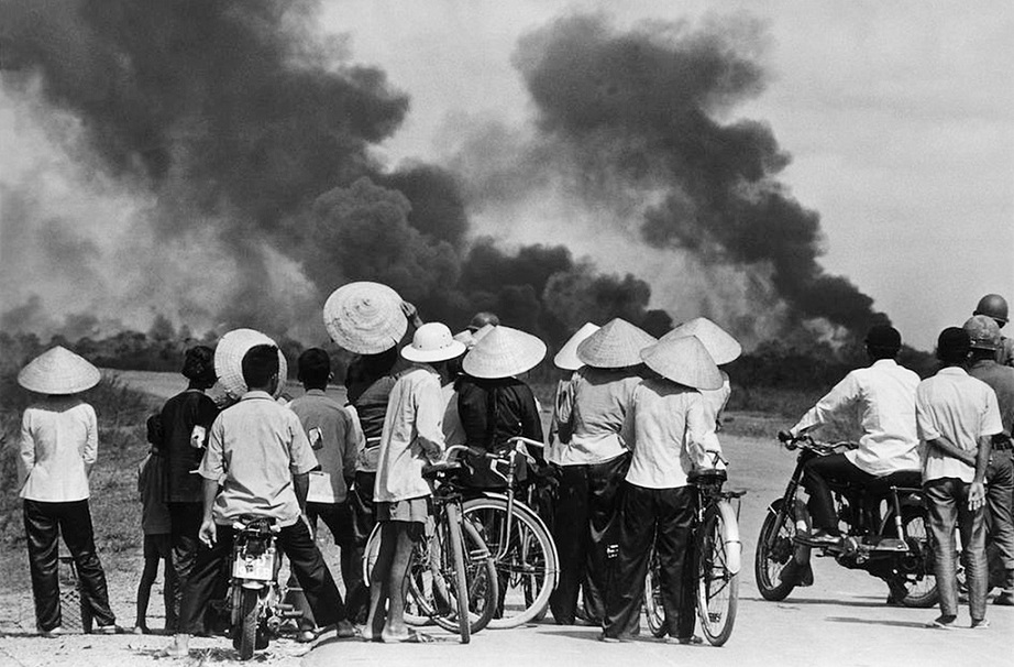 vietnam_war_crime_vietnamkrieg_voelkermord_saigon_agent_orange_vietcong_my_lai_massacre_napalm_kritisches_netzwerk_indochinakrieg_genozid_voelkerrecht_the_ten_thousand_days.jpg
